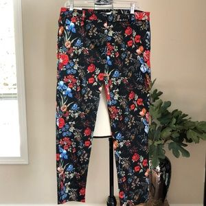 NWT H&M Flat Front Crops